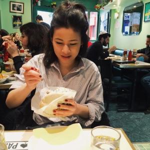 Falafel wrap eatin'
