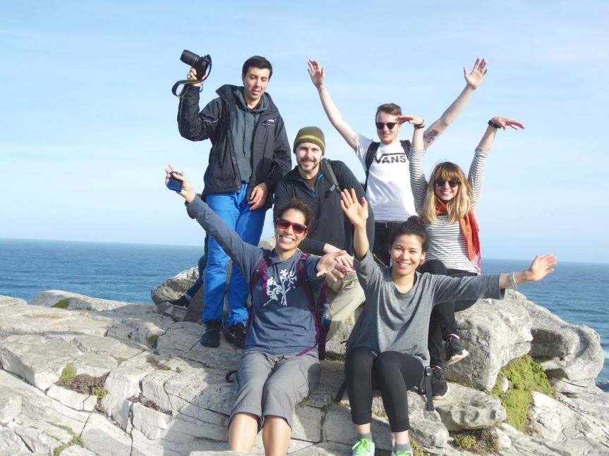 The group photo during the Cape Peninsula Tour. Photo from the Baz Bus Facebook page.