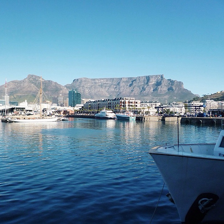 Table Mountain from the V&A Waterfront Harbour