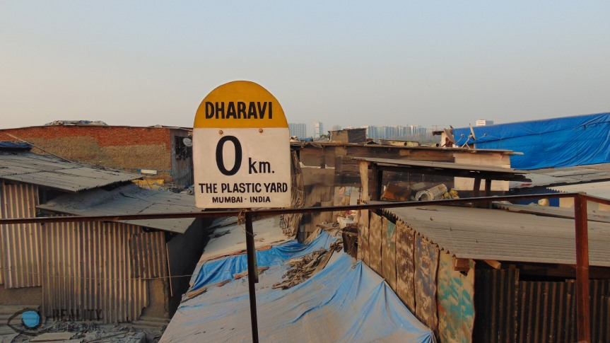 plastic-yard-dharavi_23722922704_o